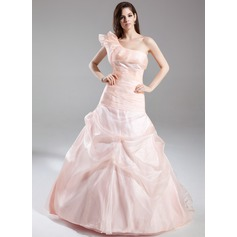 A-Line/Princess One-Shoulder Court Train Organza Quinceanera Dress With Ruffle