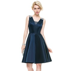 A-Line/Princess V-neck Knee-Length Satin Cocktail Dress With Beading Sequins