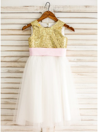 A-Line/Princess Knee-length Flower Girl Dress - Tulle/Sequined Sleeveless Scoop Neck With Sash/Bow(s)/Back Hole